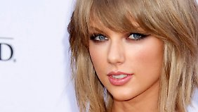 PromiNews des Tages: Taylor Swift spendet Kesha 250.000 Dollar