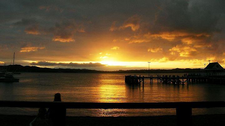 Sonnenuntergang über Russell: Einfach mal die Seele baumeln lassen.