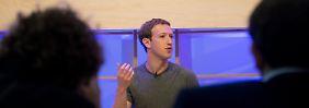 Facebook-Gründer bleibt im Flieger: BER-Chef verschreckt Zuckerberg