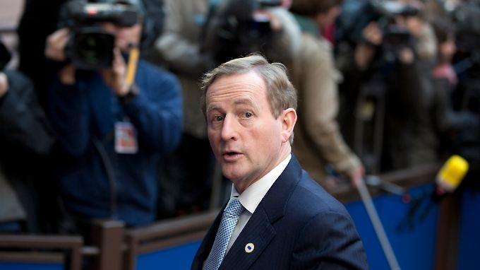 Bekommt Enda Kenny die Fianna Fáil ins Regierungsboot?