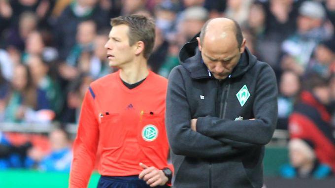 Seit fünf Ligaspielen sieglos: Werder Bremen mit Trainer Viktor Skripnik.
