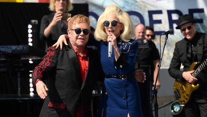 Ein eingespieltes Team: Lady Gaga sang schon mehrmals zusammen mit Elton John.