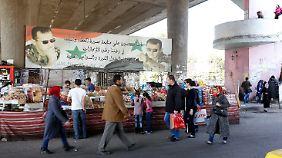 Die Menschen trauen sich wieder vermehrt auf die Straße - wie hier in Damaskus.