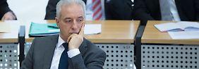 Ministerpräsident gibt Fehler zu: Tillich: Habe Rechtsextremismus unterschätzt
