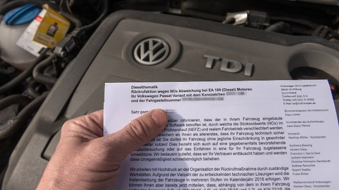 Per Brief werden die betroffenen Fahrzeughalter informiert.