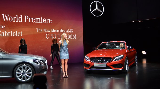 """Die schwedische Popsängerin Zara Larsson besingt zwar nicht das C-Klasse Cabrio, aber ihr Song """"Lush Life"""" ist in der Interpretation mindestens so offen wie das C-Klasse Cabrio."""