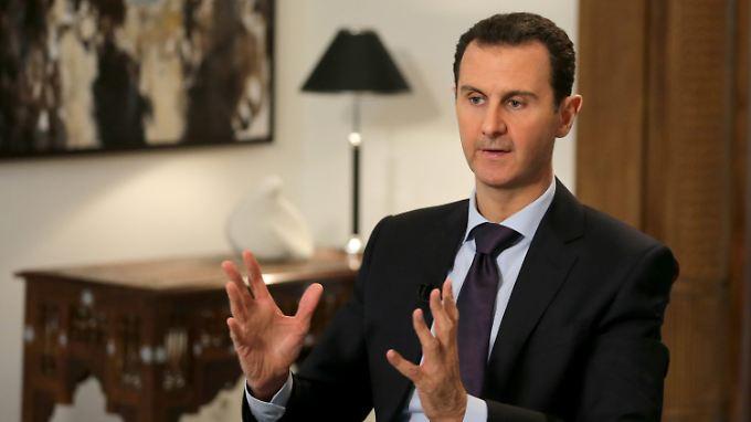 """Assad: Syrien ist nicht mehr """"vollständig souverän""""."""