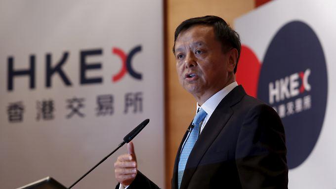 Die Pläne in London und Frankfurt ändern die Lage: Charles Li lässt die Wettbewerbssituation nicht aus dem Blick.