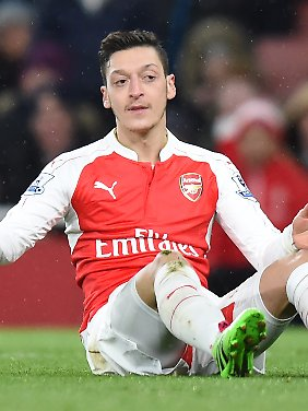 An Mesut Özil lag's nicht, dass die Gunners den FA-Cup-Hattrick verpasst haben.