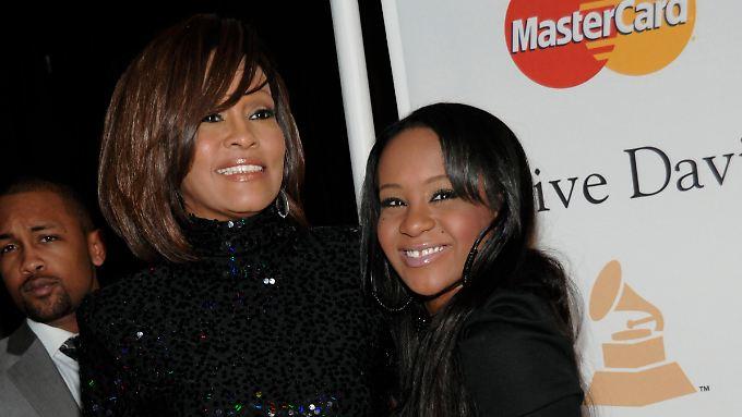 Whitney Houston mit ihrer Tochter Bobbi Kristina Brown im Jahr 2011.