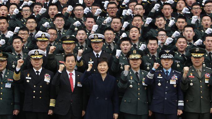 Südkoreas Präsidentin Park Geun-Hye hat Konsequenzen angekündigt.