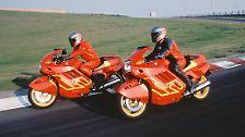 1990 präsentiert BMW mit der K1 das erste Serienmotorrad der Welt mit einem geregelten Dreiwege-Katalysator.