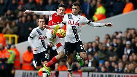 Vier Tore, ein Platzverweis, kein Sieger: Das Londoner Derby zwischen Tottenham und Arsenal war packend.