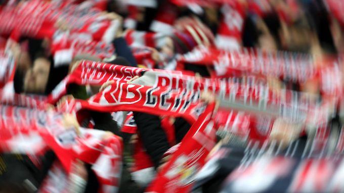 Beliebt: Mehr als 26.000 Zuschauer sehen sich im Schnitt die Spiele in Leipzig an.