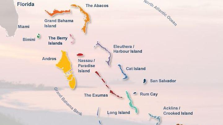 Auf einer Fläche etwa so groß wie Deutschland erstrecken sich über 700 Inseln und Inselchen.