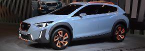 """Wie das kompakte SUV XV von Subaru künftig aussehen könnte, zeigen die Japaner auf ihrem Stand. Das """"XV Concept"""" kennzeichnet eine markante Frontpartie, ..."""