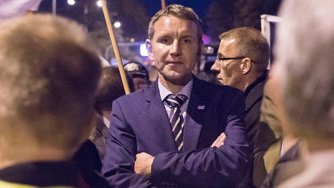 Er gilt als besonders radikal: Björn Höcke führt die AfD im Thüringer Landtag und versucht den Protest zugleich auf die Straße zu tragen.