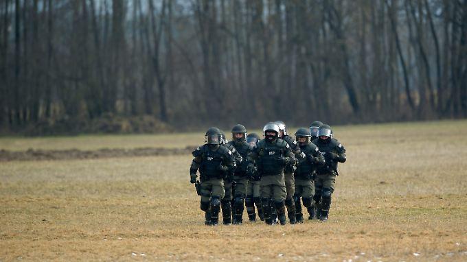 Auch Militärpolizisten des österreichischen Bundesheeres sollen bei der Grenzsicherung mithelfen.