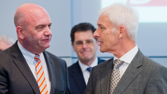 Der mächtige Betriebsrats-Chef Bernd Osterloh (links) mit Konzern-Lenker Matthias Müller.