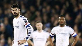 Diego Costa drohen mehrere Spiele Sperre.