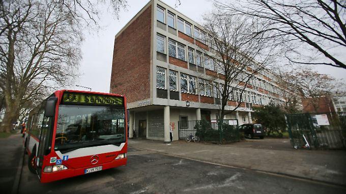 Drei Verletzte in Köln: Abiturienten attackieren sich mit selbstgebauten Waffen