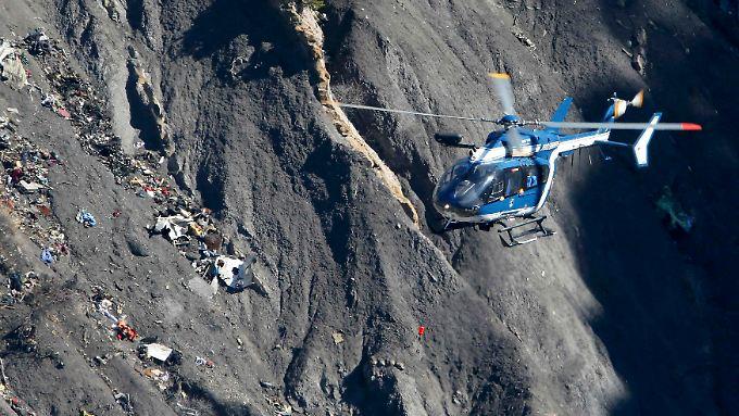 Der Co-Pilot des Germanwing-Flugs 4U9525 flog die Maschine mit Absicht gegen einen Felsen.
