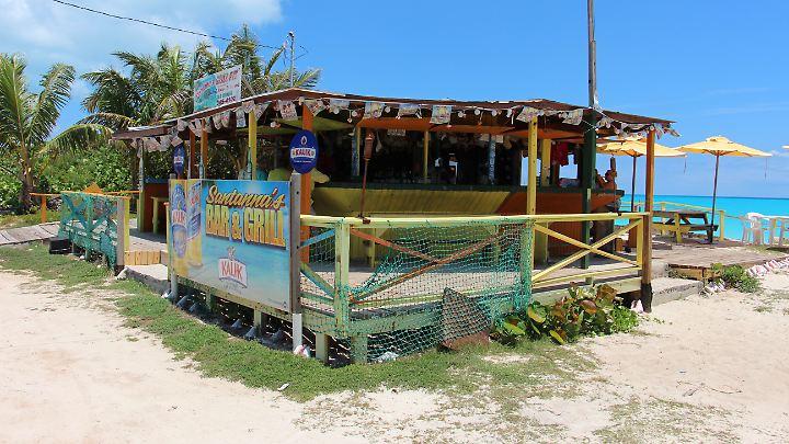 Unscheinbarer Tempel für Gourmets: bei Santana's gibt es frischen Hummer und Co.