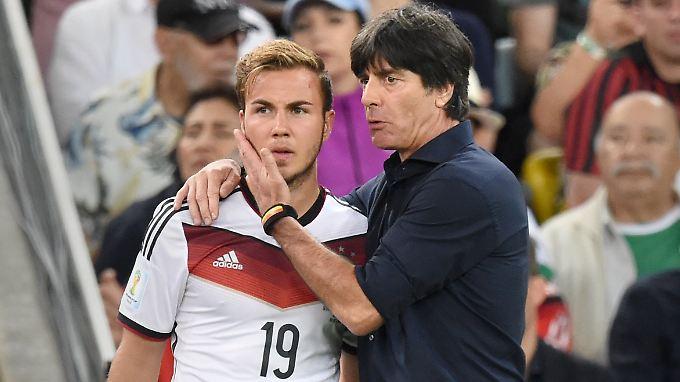 Besser als Messi? Bundestrainer Jochim Löw setzt jedenfalls wieder auf Mario Götze.