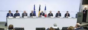 """Nach der Festnahme von Abdeslam: Hollande warnt vor """"extrem großen Netzwerken"""""""