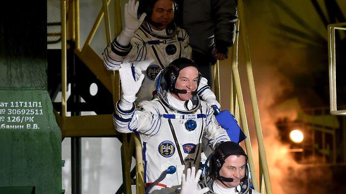 Sojus-Kapsel dockt problemlos an: Neue Langzeitbesatzung erreicht ISS