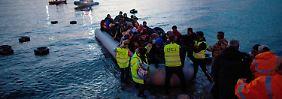 Flüchtlingsabkommen in Kraft: Athen kann Pakt noch nicht umsetzen