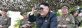 Nordkoreas Machthaber Kim Jong Il setzt auf die militärische Karte.