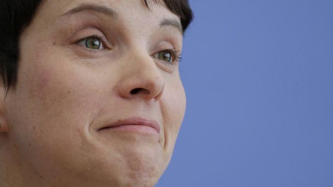 Mit der AfD um Chefin Frauke Petry ist bei bundesweiten Wahlen zu rechnen.