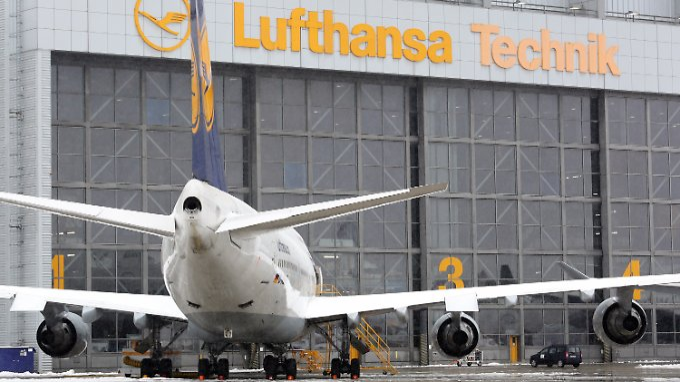 Bei Lufthansa-Technik am Standort Hamburg sind über 2000 Arbeitsplätze in Gefahr.