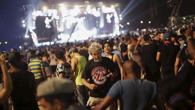 """""""Viele Jahre war es schwierig, uns hier in Kuba zu hören"""", sagt Jagger auf spanisch zum Start des Konzerts."""