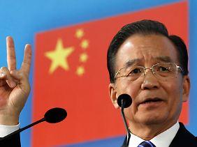 Noch ist die Prognose nicht offiziell: Chinas Premier Wen Jiabao, hier bei einem 6. EU-China-Gipfel Anfang Oktober in Brüssel.