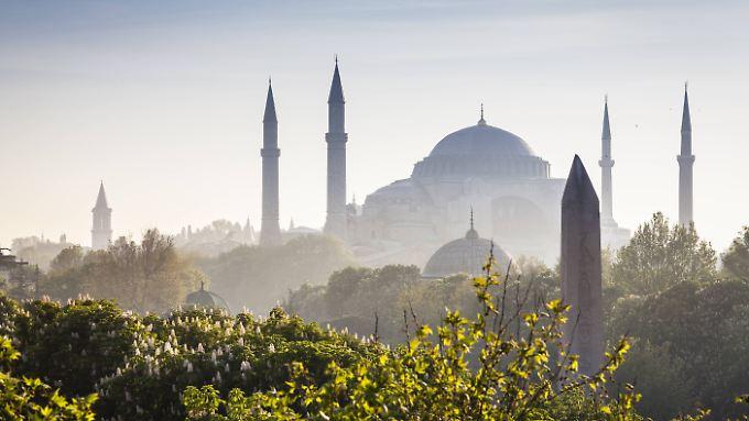 Ein großer Anschlag in Istanbul hat viele Touristen verängstigt.