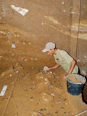 Die Funde in der Höhle waren von einer meterdicken Erdschicht bedeckt.