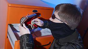 Einbrecher kommen tagsüber: Zahl der Wohnungseinbrüche steigt auf Rekordstand