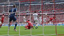 H96 hoffnungslos, S04 vorgeführt: Riberys Genie reicht Bayern gegen Frankfurt