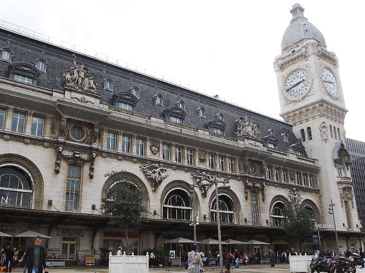 Prachtvoll: der Gare de Lyon in Paris. Hier fahren die Züge nach Barcelona ab.
