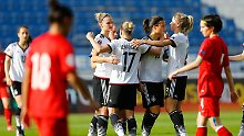 + Fußball, Transfers, Gerüchte +: DFB-Frauen besiegen Türkei