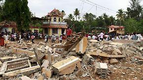 Tempeleinsturz in Indien: Mehr als 100 Menschen sterben bei hinduistischem Neujahrsfest