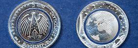 """Fünf-Euro-Münzen-Boom: So viel ist """"Blauer Planet Erde"""" jetzt wert"""