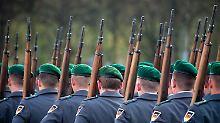Neues Aufgabenfeld?: Koalition uneins über Bundeswehr im Innern