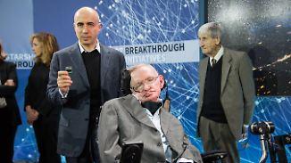 Suche nach Leben: Stephen Hawking will tiefer ins All vorstoßen