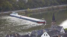 Blockade auf der Mosel: Malz-Frachter stellt sich quer