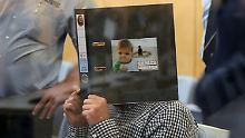 """Prozess im Hochsicherheitstrakt: Reker-Attentäter sieht sich als """"Rebell"""""""