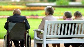 Streit um Lebensarbeitszeit: Experten halten Riester-Rente für gescheitert