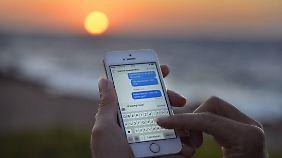 Die Smartphonenutzung soll in Biarritz künftig nicht mehr kosten als in Buxtehude.